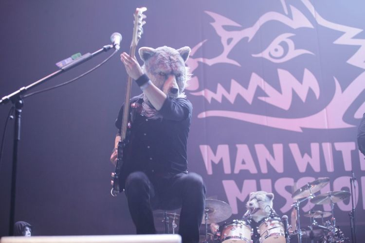 Ozzfest Japan 2013 1日目@ 幕張メッセ 9〜11ホール - MAN WITH A MISSION pic by(c)Ozzfest Japan