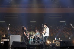 UNISON SQUARE GARDEN@日本武道館 - all pics by Hisashi Mori