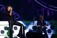 B'z、9mm、[Alexandros]、MAN WITH A MISSIONら集結!ロックに染まった「ドリフェス」初日レポ! - B'z/pic by 達川範一
