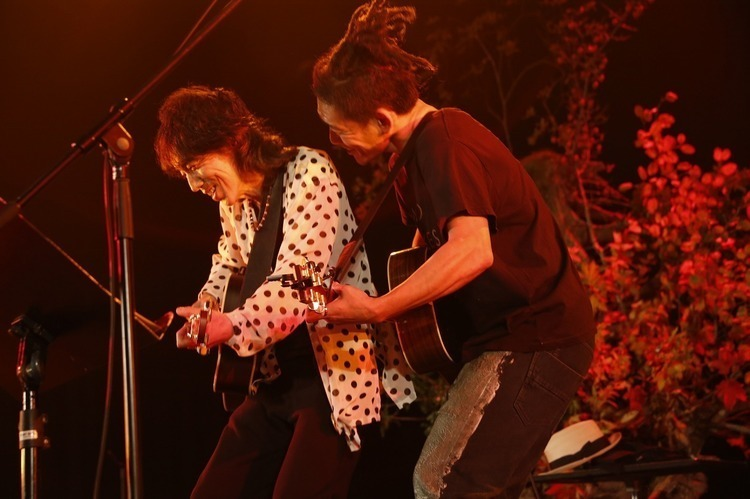 "「NO NUKES 2015 Acoustic Night」@豊洲PIT - TOSHI-LOW × 仲井戸""CHABO""麗市"