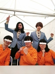 POLYSICS×ROY & JIM (THE BAWDIES)、本番前の5ショット!