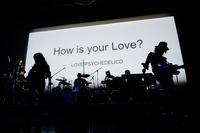 LOVE PSYCHEDELICO、新作プレライブにてアルバム7/5発売&全国ツアー開催を発表 - Live pics by上山陽介