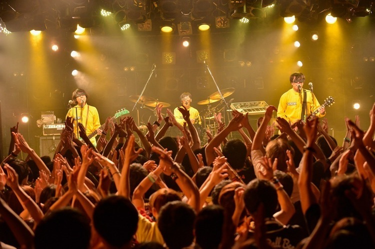 POLYSICS×Base Ball Bear 「POLYMPIC 2017」/渋谷CLUB QUATTRO - POLYSICS All photo by 酒井麻衣