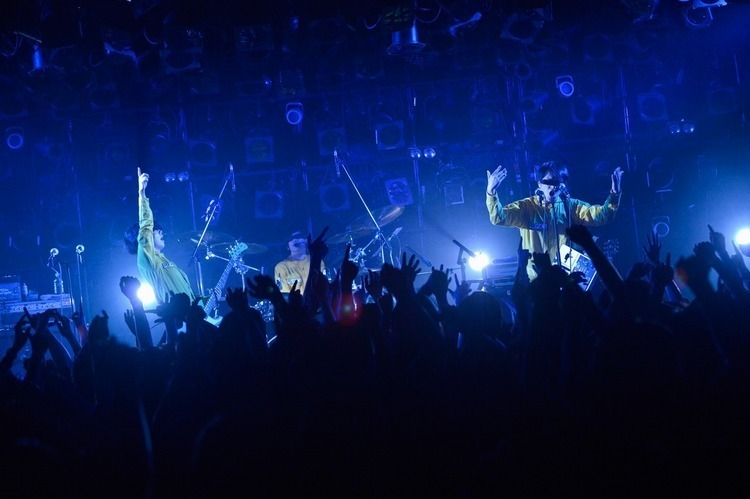 POLYSICS×Base Ball Bear 「POLYMPIC 2017」/渋谷CLUB QUATTRO - POLYSICS