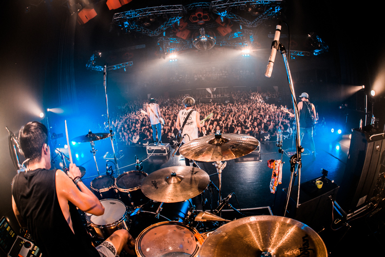 「UKFC on the Road 2017」/新木場STUDIO COAST - TOTALFAT Photo by ヤマダマサヒロ