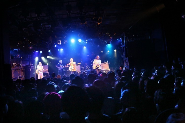 HYUKOH(ヒョゴ) feat. never young beach/渋谷 CLUB QUATTRO - never young beach