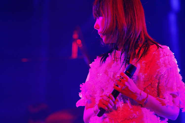 aiko/Zepp Tokyo - pic by 岡田貴之(Love Like Rock vol.8より)