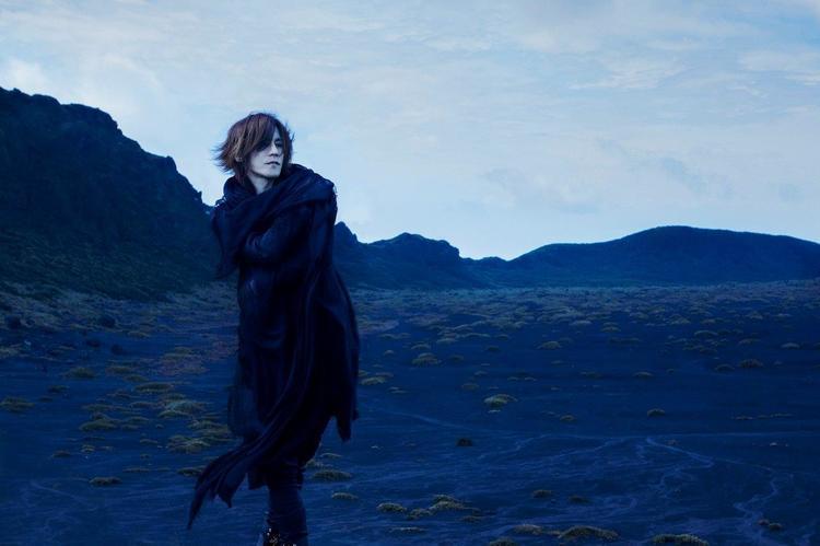 Sugizoソロ20周年記念アルバムにtoshi Low川上洋平ら6名がコメント
