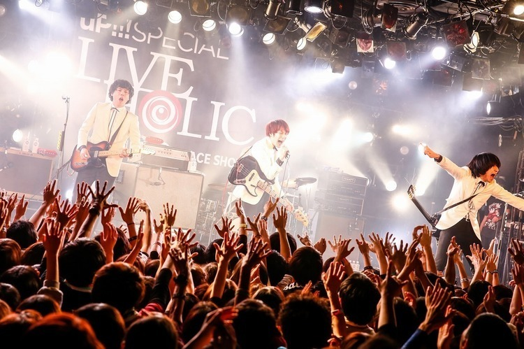 THE BAWDIES×sumika、広島で初の2マン終幕。「ROY兄と呼んでくれるのが嬉しい!」 - THE BAWDIES Live pics by 西槇太一