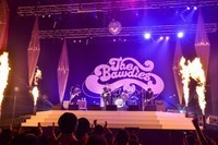 THE BAWDIES、ツアーファイナル日本武道館公演を3形態でリリース&6月から全国ツアー開催 - photo by 橋本塁(SOUND SHOOTER)