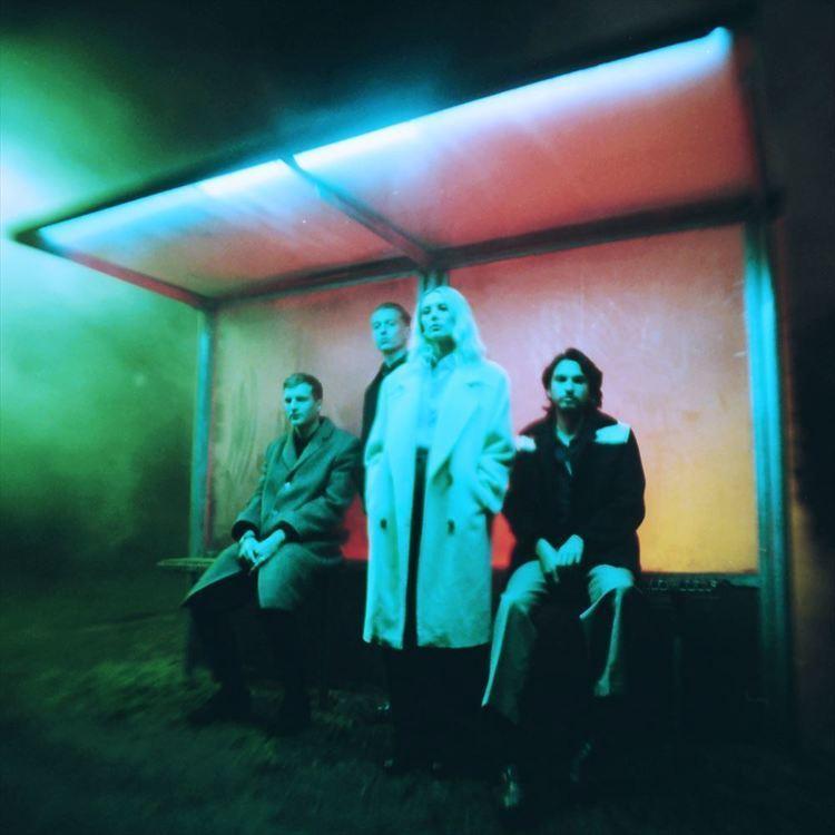 """ウルフ・アリス、4年振りとなる3rd『Blue Weekend』が6/11リリース決定! アルバムより""""The Last Man On Earth""""を公開"""