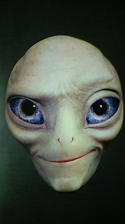今日の試写状:『宇宙人ポール』 出先から戻ってきたら、机にこれが置いてあって、ビビった。 12月